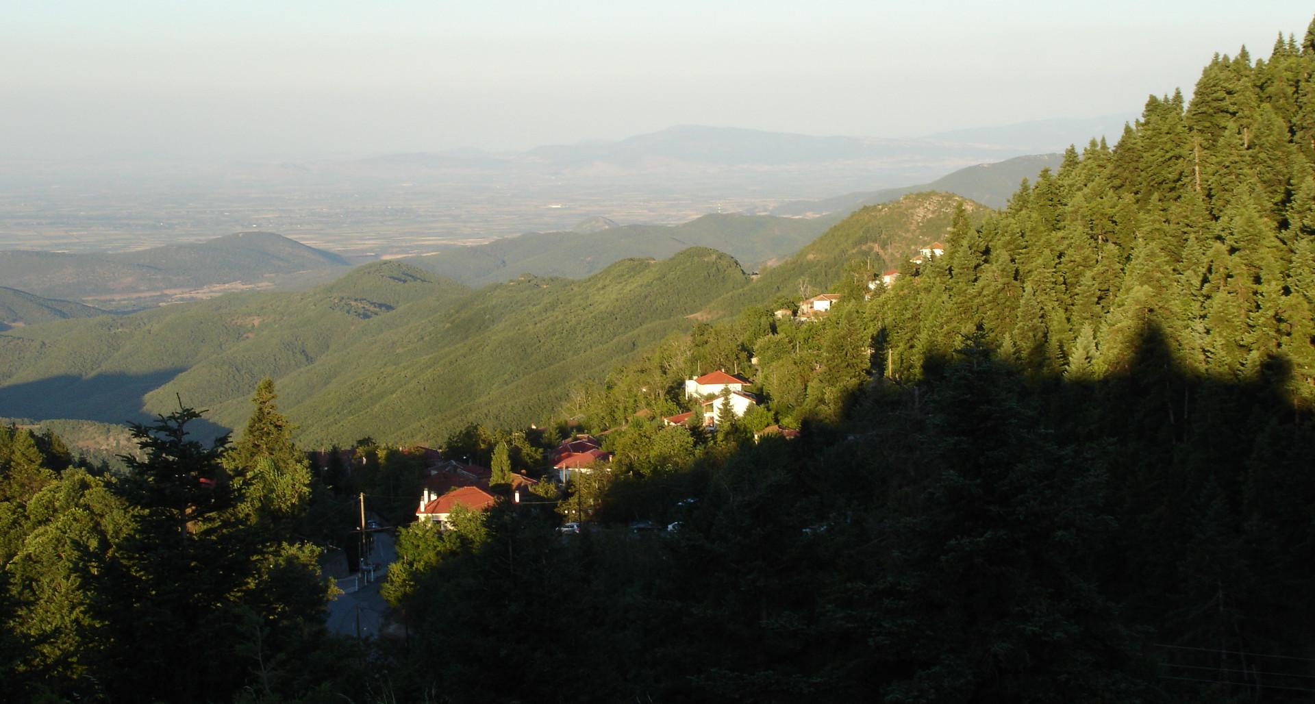 Καστανιά Καρδίτσας - Άγραφα - Ορεινό Χωριό στη Λίμνη Πλαστήρα - Νομός Καρδίτσας