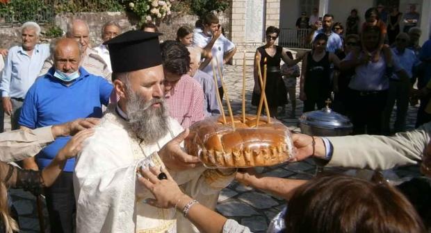 Θωμάς Χαλιμούρδας - Δεκαπενταύγουστος - Αρτοκλασία στην Καστανιά Καρδίτσας