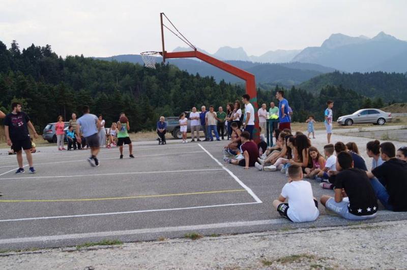 Τα μέλη του Συλλόγου διοργάνωσαν τουρνουά μπάσκετ στο Σταυρό Καστανιάς (7 Αυγ 2017). Εμψυχώτρια της διοργάνωσης ήταν  η Ντίνα Εγγλέζου και διαιτητής  ο Γ. Εγγλέζος