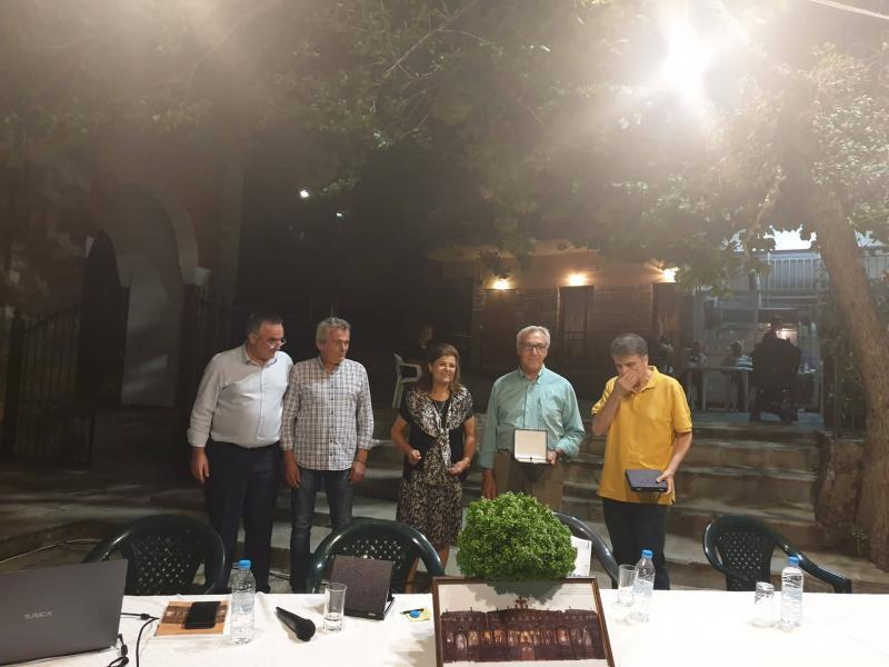 Το ξυλόγλυπτο Τέμπλο της Καστανιάς Αγράφων 2